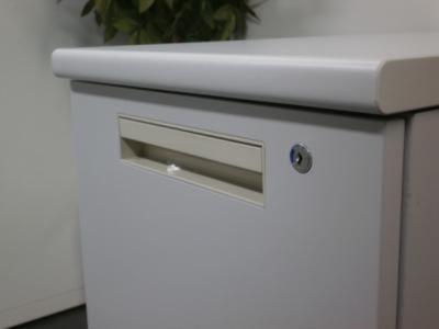 ライオンサイドデスク2000000003576カギ付/2段/箱渡し商品/ライトグレー詳細画像3
