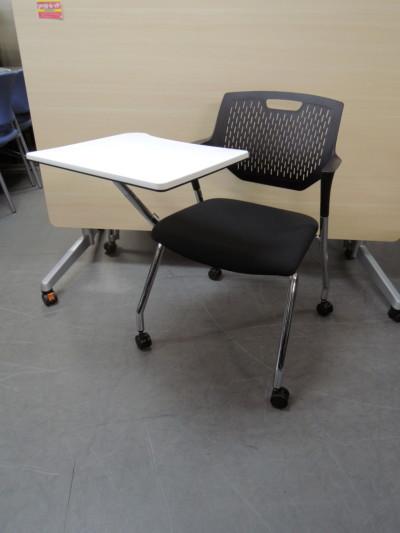 オカムラ テーブル付スタッキングチェア 中古|オフィス家具|スタッキングチェア
