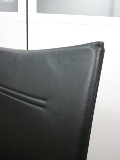 Wilkhahn(ウィルクハーン)モダスチェア 2000000019404ブラック/レザー74/クロームベース/ミドルバック詳細画像3
