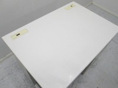 イナバ1000片袖デスク 2000000021652天板スレ・キズ・ヤケ有り/小さなヘコミ有り詳細画像3