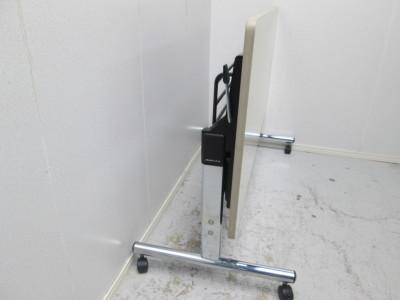 オカムラサイドスタックテーブル 2000000021263ニューアイボリー/ソフトエッジ/幕板なし詳細画像2