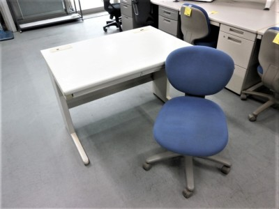 イナバ 1000平デスク+チェア2点セット  中古|オフィス家具|デスク|OAデスク
