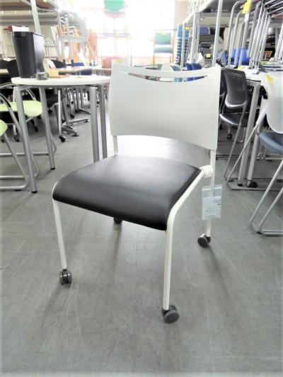 アイリスチトセ スタッキングチェア6脚セット  中古|オフィス家具|ミーティングチェア|スタッキングチェア