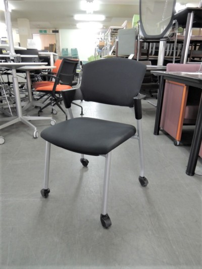 コクヨ プロッティチェア  中古|オフィス家具|ミーティングチェア|スタッキングチェア