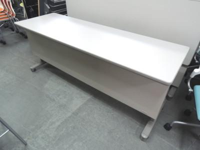 イトーキ サイドスタックテーブル2台セット 中古|オフィス家具|サイドスタックテーブル