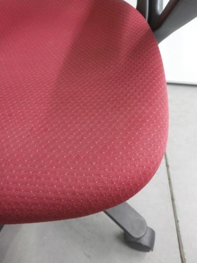 イトーキ肘付プレーゴチェア2000000020829座面スレ少々有詳細画像3