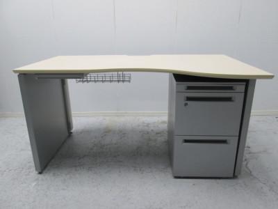 オカムラ 1400システムラウンドデスク  中古|オフィス家具|デスクセット