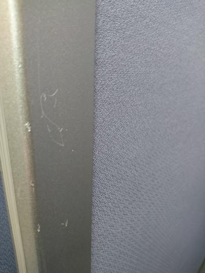 オカムラ 自立パーテーション 2000000023574汚れ有/ヘコミ小/布張り/アルミフレーム/スチール脚/キャスター付き詳細画像4