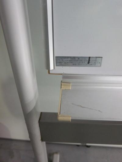 オカムラ1800脚付ホワイトボード 2000000024022板角パーツ欠品/板ヘコミ有詳細画像3