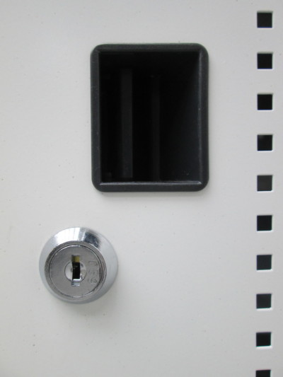 サンワサプライノートPC保管庫 2000000024091角キズ有詳細画像2