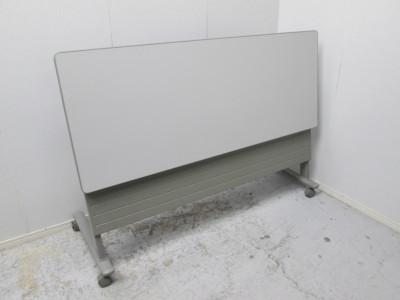 オカムラ 1500サイドスタックテーブル 中古|オフィス家具|ミーティングテーブル