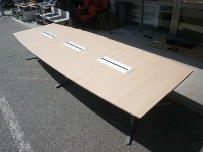 オカムラ4000ミーティングテーブル2000000024204天板キズ少々有/アジャスター1ヶ非純正品詳細画像2