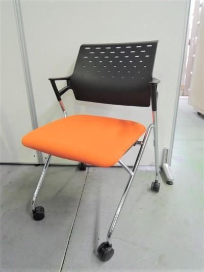 コクヨ ネスティングチェア5脚セット 中古|オフィス家具|ミーティングチェア