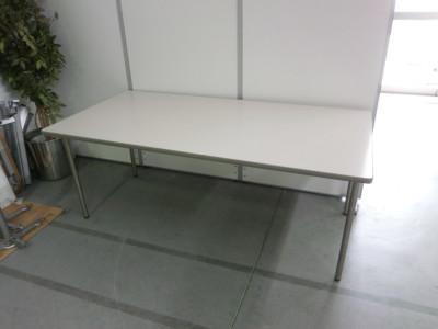 オカムラ ミーティングテーブル  2000000026056