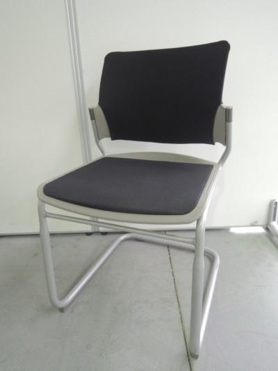 オカムラ ミーティングチェア2脚セット  中古 オフィス家具 ミーティングチェア