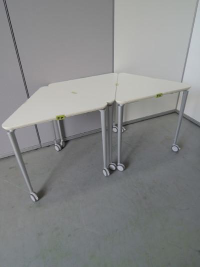 コクヨ 三角形テーブル3台セット 2000000018050