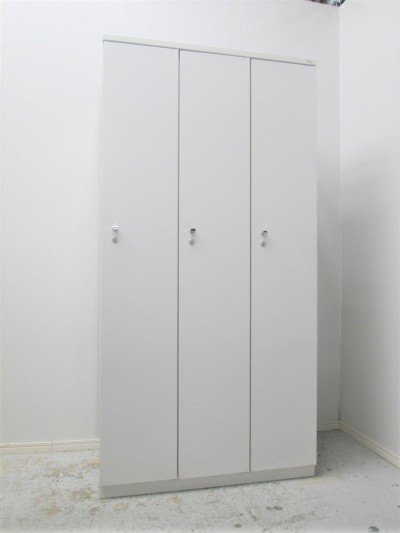プラス 3人用ロッカー 中古|オフィス家具|ロッカー