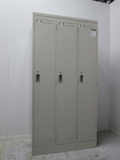 コクヨ 3人用ロッカー 2000000027147