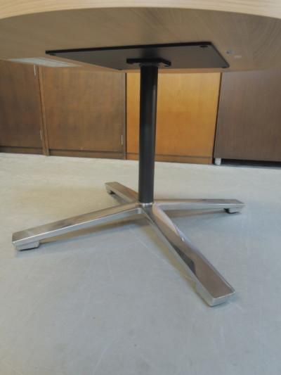 コクヨ舟形ローテーブル20000000252651本脚/ポリッシュ脚(※組んだまま配送)詳細画像3