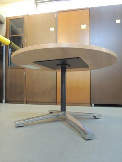 コクヨ舟形ローテーブル20000000252651本脚/ポリッシュ脚(※組んだまま配送)詳細画像4