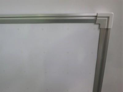 ウチダ(内田洋行)1800壁掛けホワイトボード2000000027138吊金具4ヶ付/暗線入り/ホーロー詳細画像2