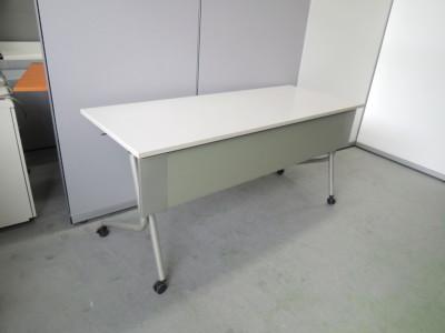 オカムラ ネスティアスタックテーブル3台セット  中古|オフィス家具|ミーティングテーブル
