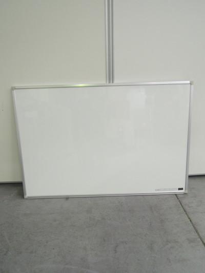 ウチダ(内田洋行) 900壁掛ホワイトボード 中古|オフィス家具|ホワイトボード|壁掛ホワイトボード