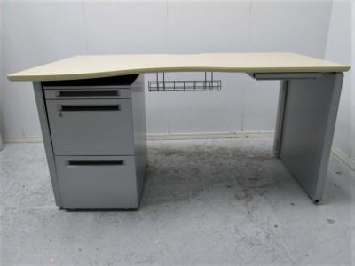 オカムラ 1400システムラウンドデスク 中古|オフィス家具|デスク|デスクセット