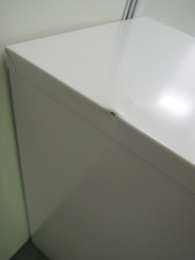 ウチダ(内田洋行)PCワゴン2000000028734ヘコミ有/棚板1枚/キャスター付 メーカー色:オフホワイト 詳細画像4