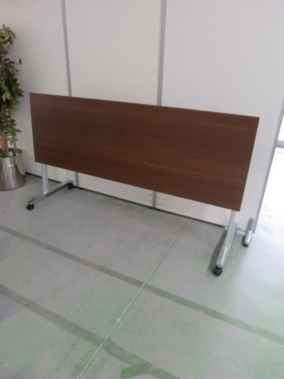ウチダ(内田洋行)サイドスタックテーブル2000000028724幕板なし/棚板なし詳細画像4