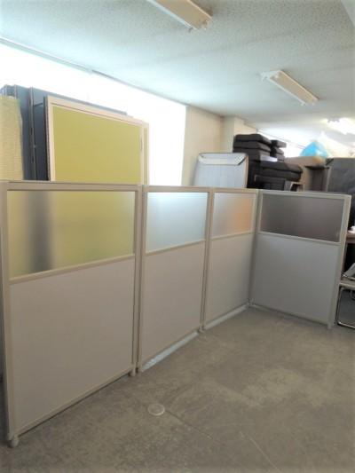 ライオン 4連L型パーテーション  中古|オフィス家具|パーテーション|自立式