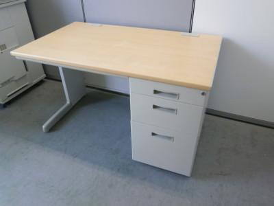TOYOSTEEL(トヨスチール) 1200片袖デスク  中古|オフィス家具|事務机