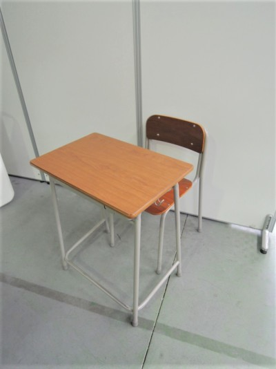 コクヨ 生徒用デスク・イスセット 2000000029859