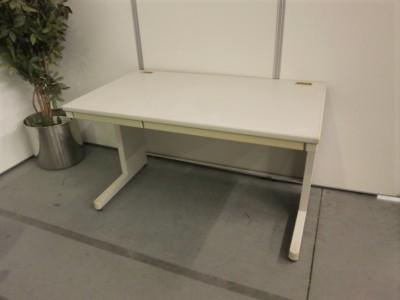コクヨ 1200平デスク  中古|オフィス家具|デスク|平机