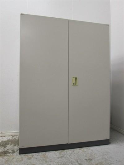 コクヨ 両開き書庫 中古|オフィス家具|書庫