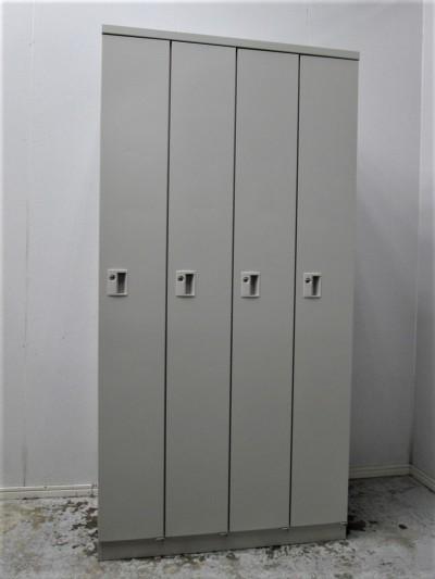 オカムラ 4人用ロッカー  2000000030768