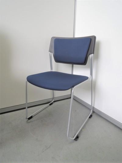 イトーキ スタッキングチェア4脚セット 中古|オフィス家具|ミーティングチェア|スタッキングチェア