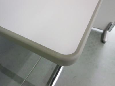 オカムラ ミーティングテーブル2000000032062T字脚詳細画像2