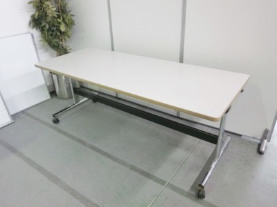 オカムラ サイドスタックテーブル  2000000032085
