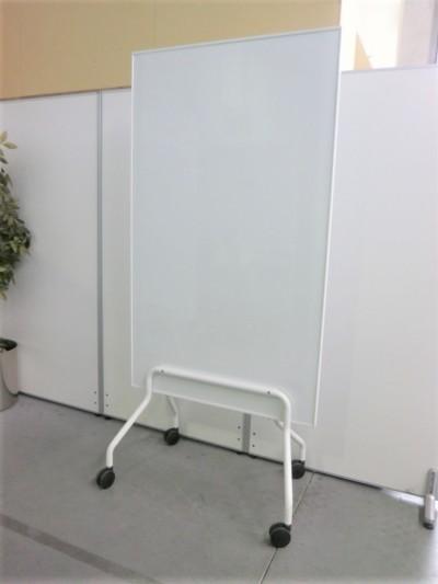脚付ホワイトボード 中古|オフィス家具|脚付きホワイトボード脚付き|両面