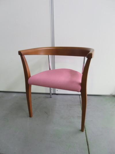 八木コレクション スタッキングチェア6脚セット  中古|オフィス家具|ミーティングチェア|スタッキングチェア