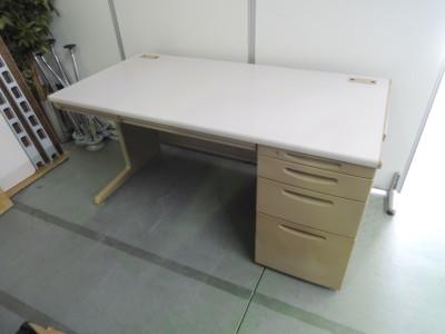 オカムラ 1400片袖デスク  中古|オフィス家具|事務デスク|OAデスク