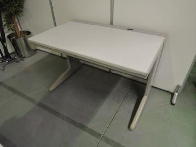 ウチダ(内田洋行) 1100平デスク 中古|オフィス家具|事務デスク|OAデスク
