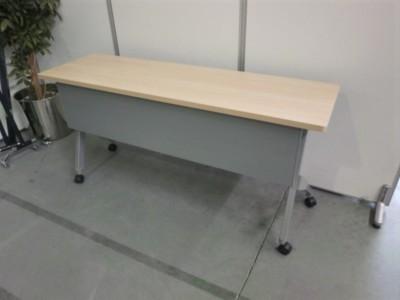 オカムラ 平行スタックテーブル  中古|オフィス家具|ミーティングテーブル|サイドスタックテーブル
