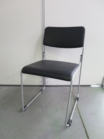 サンワサプライ スタッキングチェア5脚セット 中古|オフィス家具|ミーティングチェア|スタッキングチェア