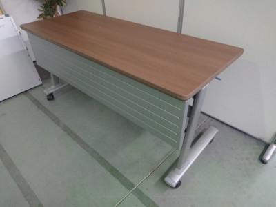 オカムラ サイドスタックテーブル買取しました!