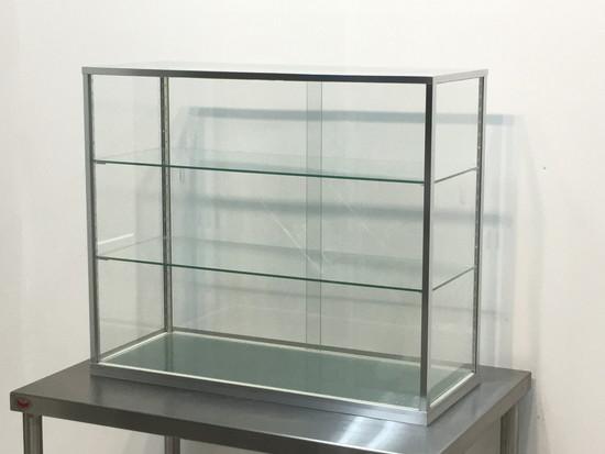 ガラスショーケース(サンプルケース)買取しました!